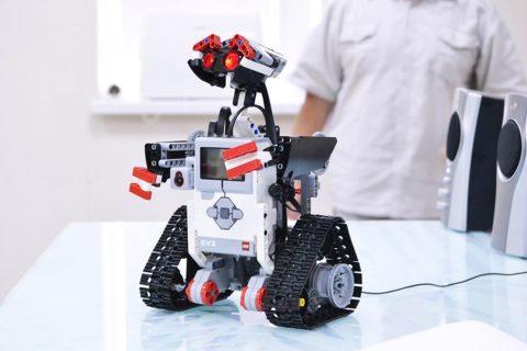 RobotyFutbol1
